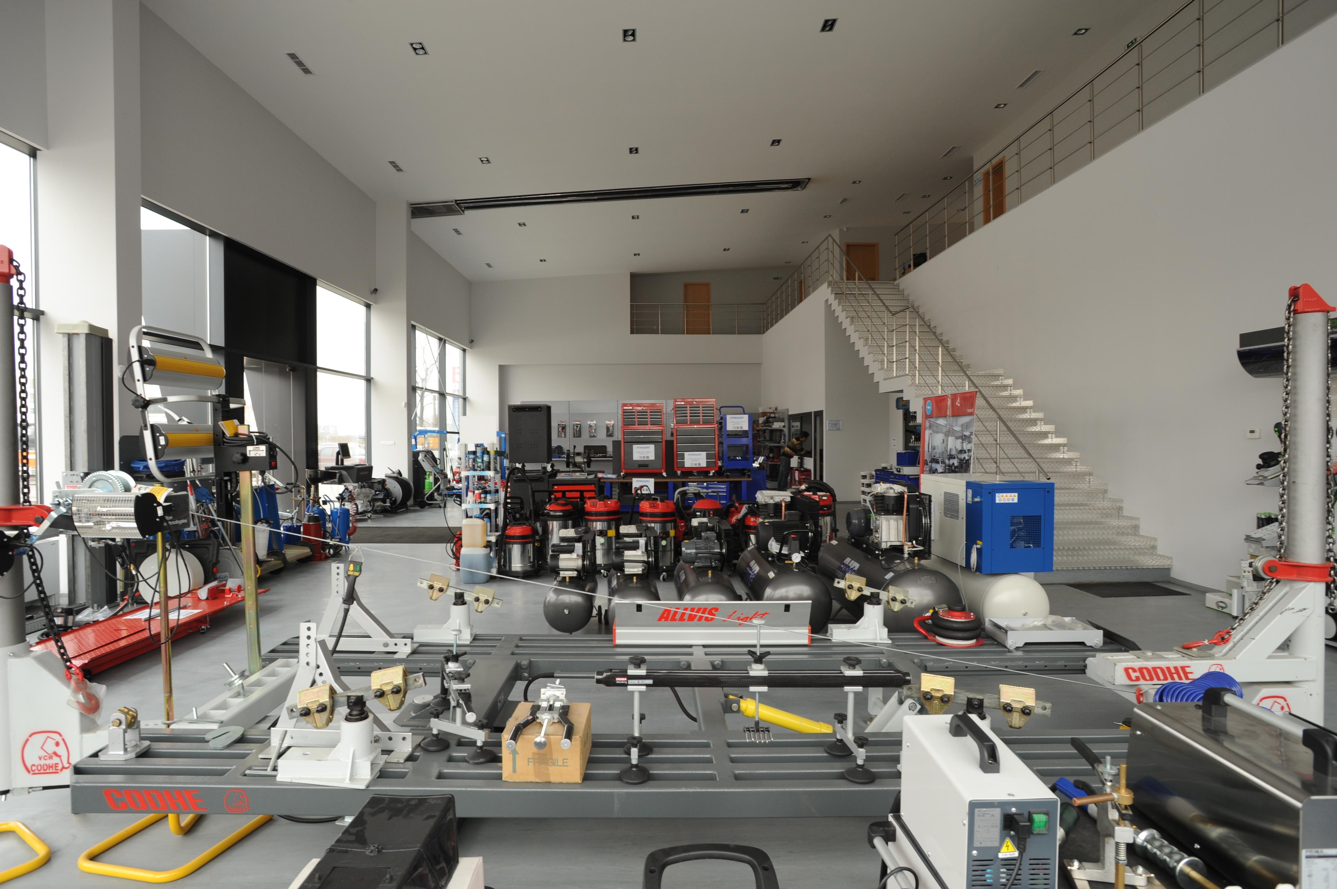 http://niteh.com/showroom/DSC_0185.JPG